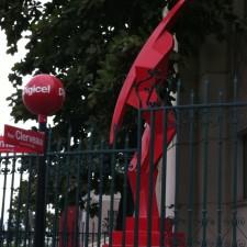 Peut-on critiquer la compagnie de téléphone cellulaire Digicel en Haïti?