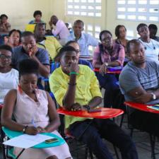 Perspectives jeunesse: Provoquer l'esprit entrepreneurial chez la jeunesse haïtienne