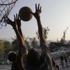 Mwen pa pral manifeste pou koze basket !
