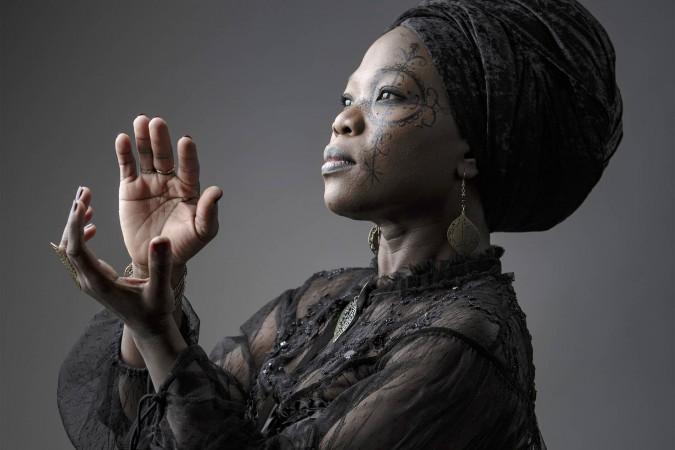 Moonlight Benjamin, la star Haïtienne qui apporte le vaudou au monde